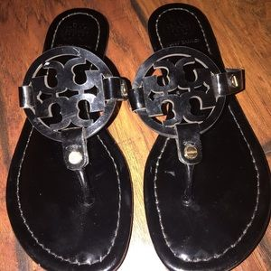 Tory Burch Shoes - Tory Burch flip flops/ sandals
